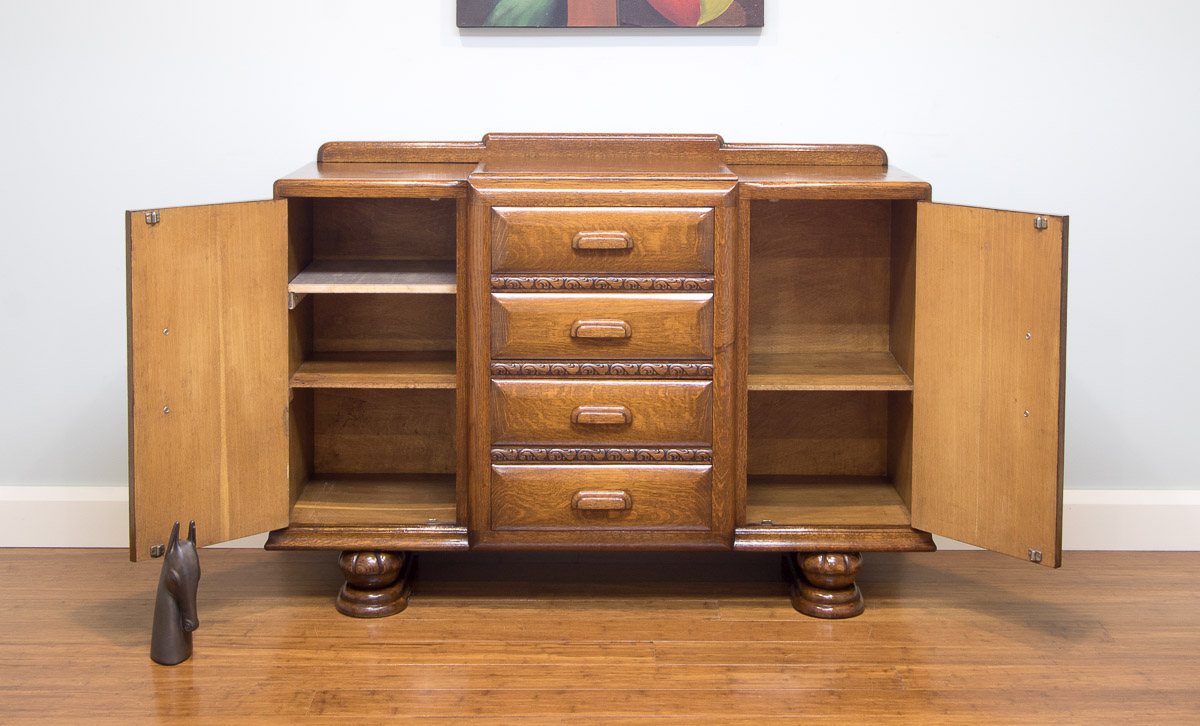 6072 Art Deco Vintage Oak Carved Sideboard Buffet